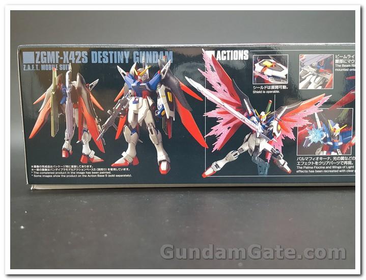 Mặt trước-sau và các hiệu ứng cánh của HGCE Destiny Gundam