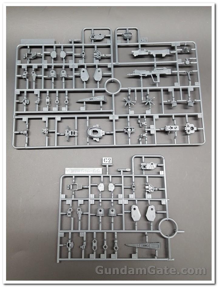 Mở hộp HGCE Destiny Gundam 2