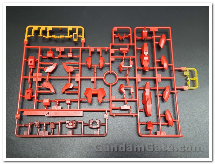 runner A HG Core Gundam