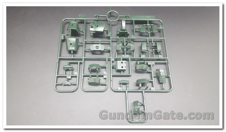 HG Zaku II Type C6-R6 có gì trong hộp ? 5