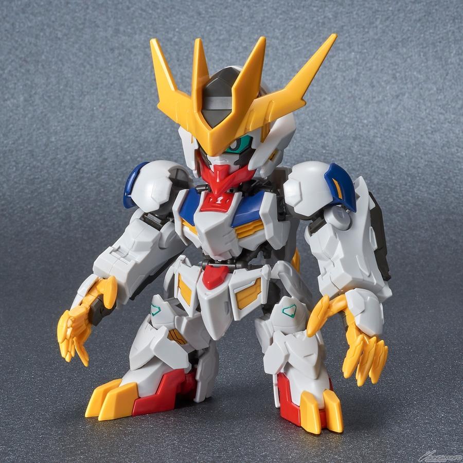 Tin gundam: mở bán SDCS Gundam Barbatos Lupus Rex tháng 4 1